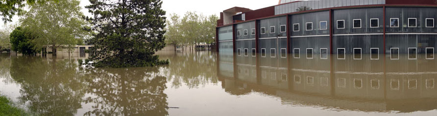 The new University of Iowa art building west underwater during the 2008 floods.